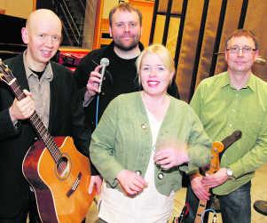 Tríó og Andrea Björn Thoroddsen, Jón Rafnsson, Jóhann Hjörleifsson og Andrea Gylfadóttir.