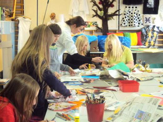SUOMU – Familiy day with design workshops